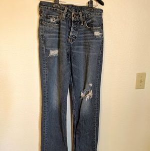 Hollister Jeans Size 30 x 32 Medium Wash Distresse